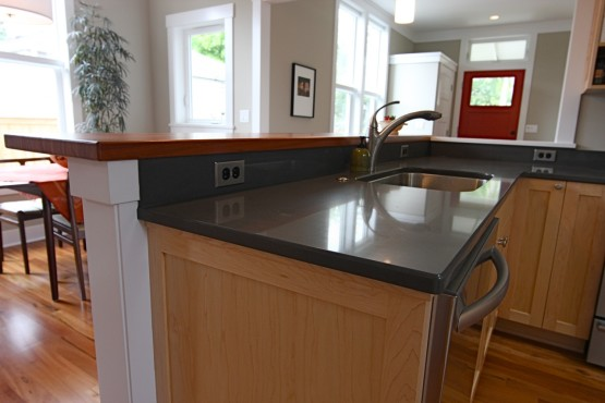 Home Interior – Bar Countertop